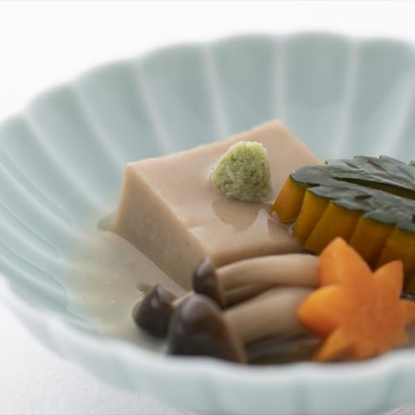 煮:胡麻豆腐の煮物